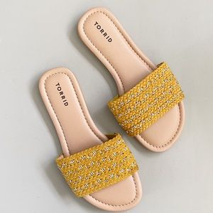 TORRID yellow mustard slide Sandals NWOB